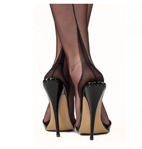 Gio Fully Fashioned Point Heel Black